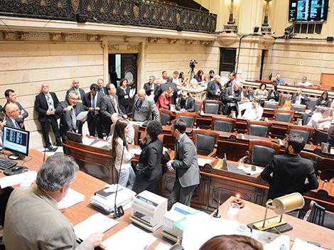 Sessão Legislativa (19/10)