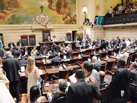 Parlamentares aprovam leis de proteção ambiental