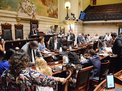 Sessão Legislativa (19): Grande Expediente e Votações
