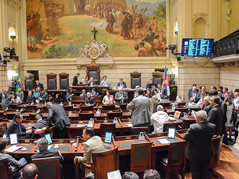 Sessão Legislativa (12/9) - Votações