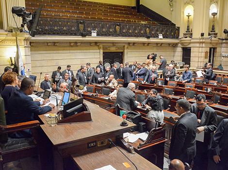 Sessão Legislativa (12/11)