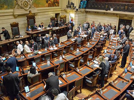 Sessão Legislativa (14/11)