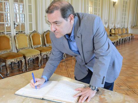 Alexandre Arraes assume novamente mandato de vereador